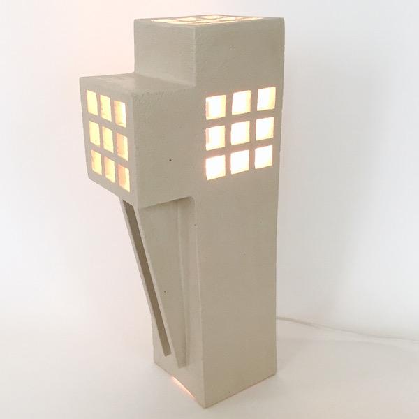 Frédéric Bourdiec - Lampe de forme géométrique