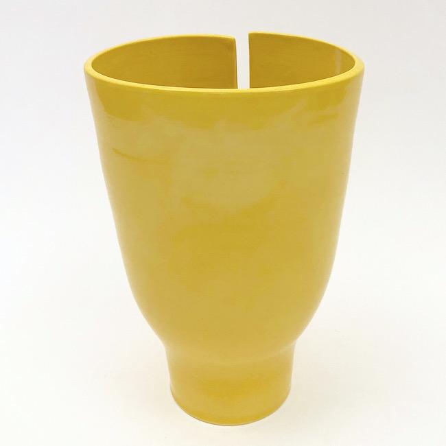 DaLo - Ceramic Idoles Vases Glazed in Yellow