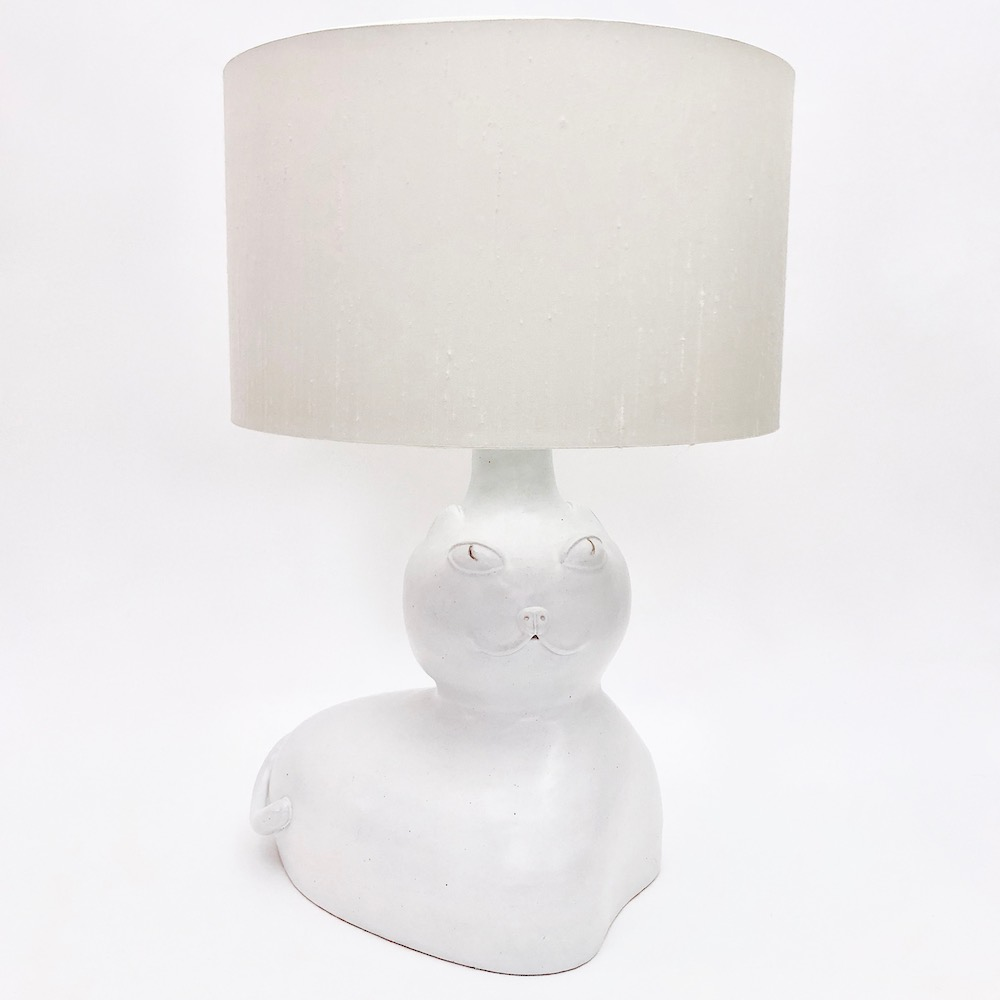 DaLo - White Ceramic Lamp Base, Cat