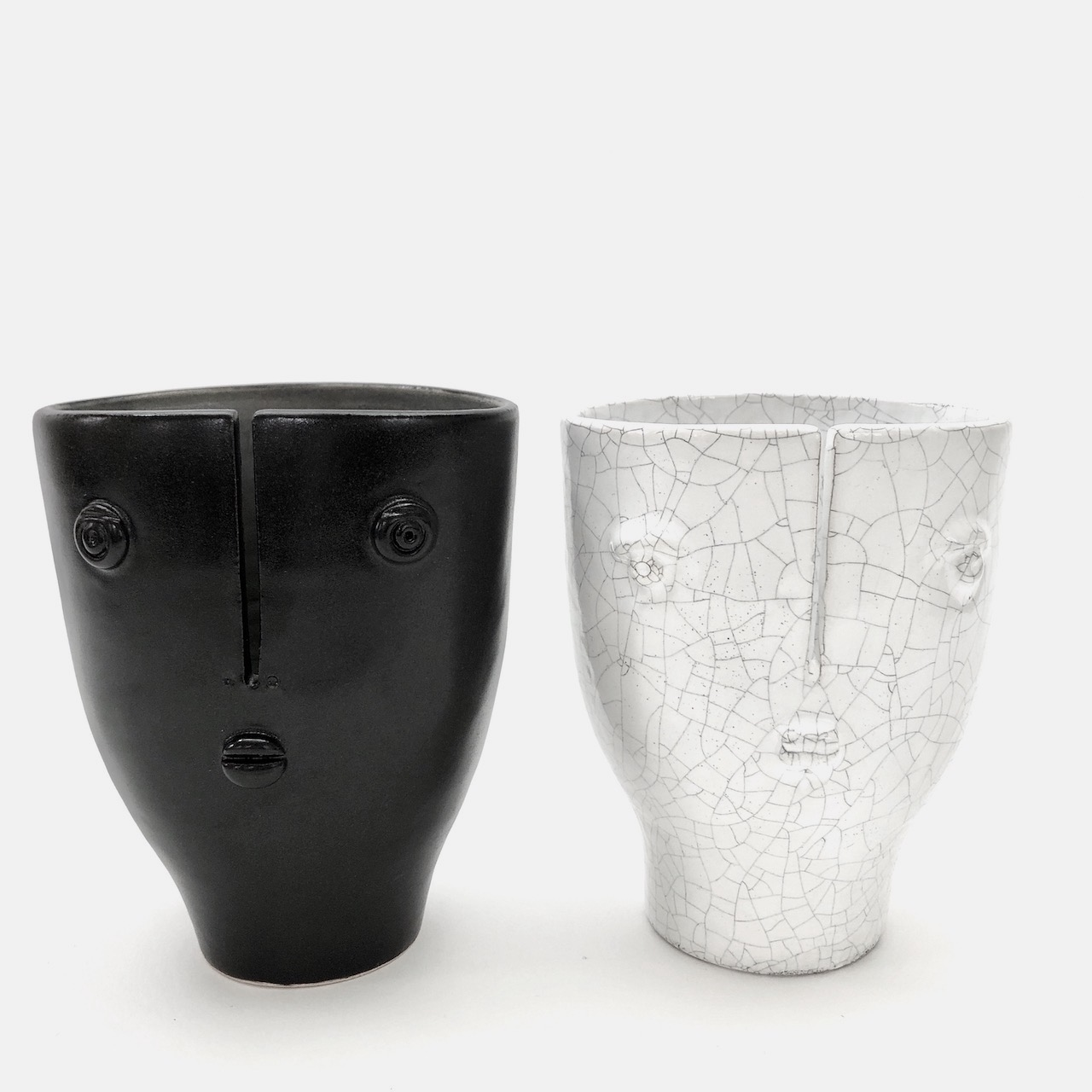 DaLo - Pair of Small Ceramic Idoles Vases
